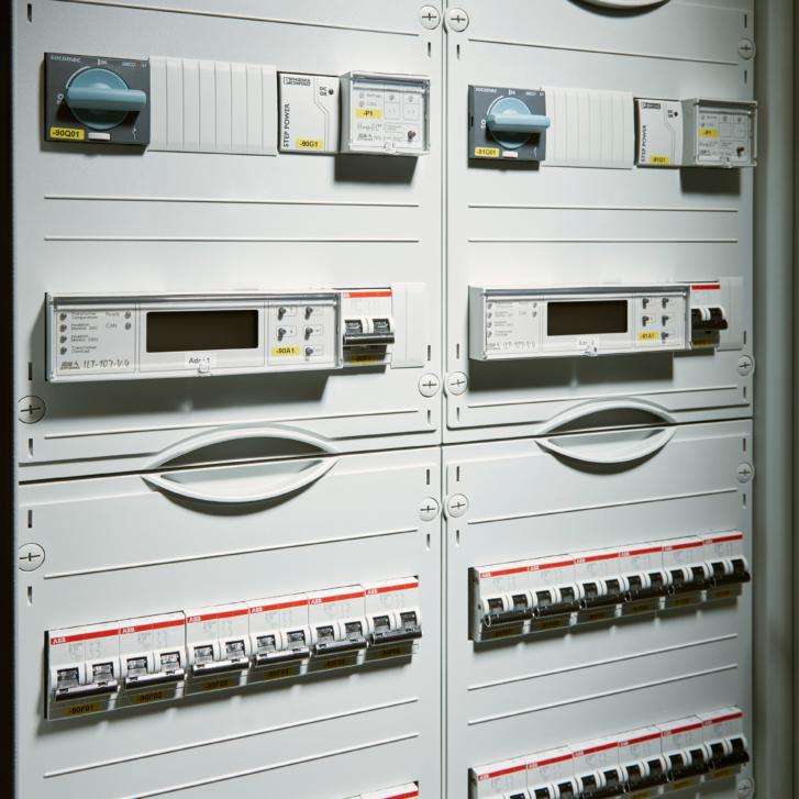 Brandon-Medical-isolated-power-supply-hospital-grade2-medical-locations-panel