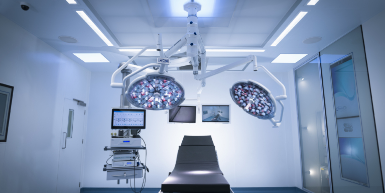 hybrid operating theatre brandon-medical-audio-visual-systems HD, 4k ultraHD video with near zero latency, for teaching